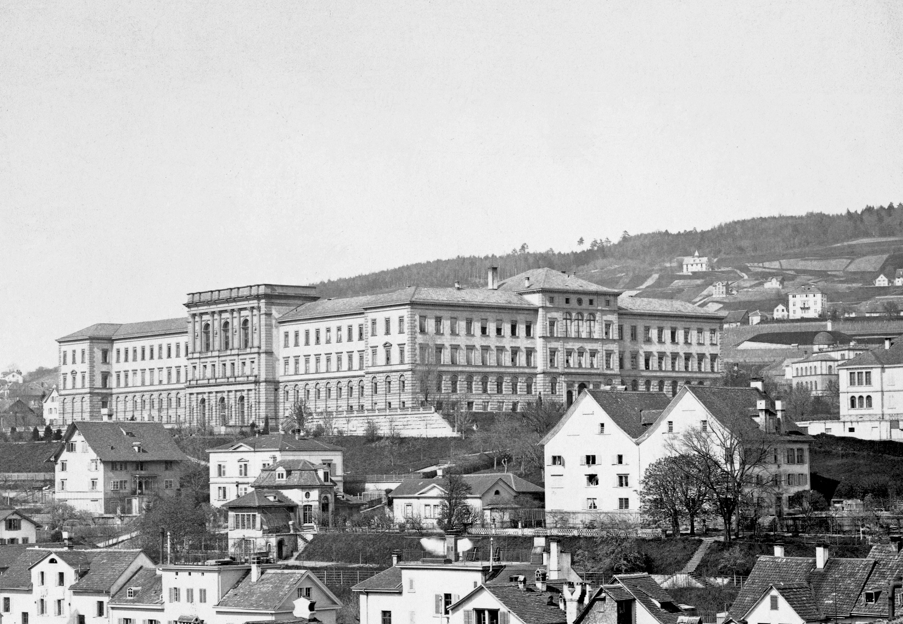 View of the then Federal Polytechnic Institute building around 1880