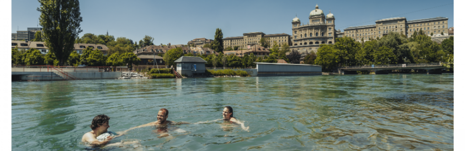 Simming in the Aare, Bern