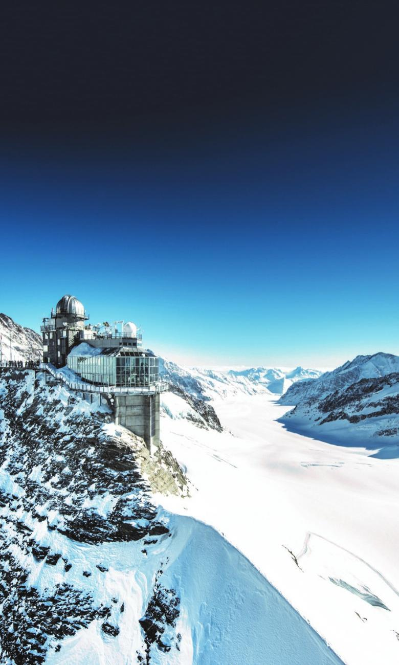 Jungfraujoch mountain station: the Sphinx, Aletsch Glacier